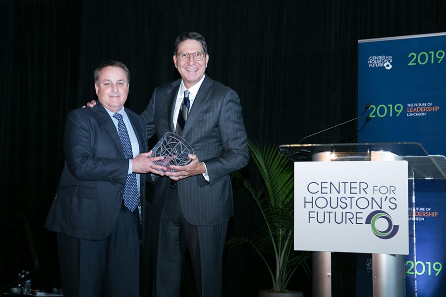 Future-of-Leadership-Luncheon-2019-HEB-Award-Recognition-Brett-Perlman